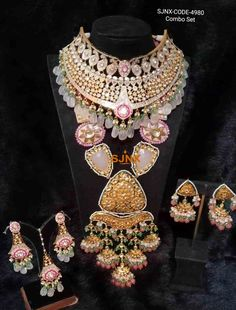 Bridal Jewellery Inspiration, Indian Bridal Jewelry Sets, Indian Jewelry Earrings, Jewelry Design Earrings, Wedding Jewelry Sets, Pearl Jewelry, Jewelry Accessories, Antique Jewellery Designs, Pearl Necklace Designs