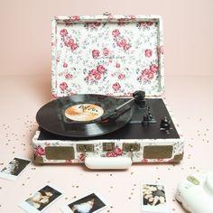 Location Platine vinyle vintage pour vos jolies fêtes (Mariage, EVJF, baby shower, baptême, anniversaire, ...)