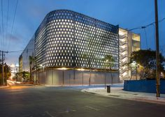 IwamotoScott and Leong Leong wrap a Miami Design District parking garage in glistening screens