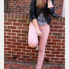 🔮Indigo Rein💕 pink skinny jean Pastel pink/salmon Indigo Rein skinny jean. Sz1. Last pic shows real color. Indigo Rein Pants Skinny