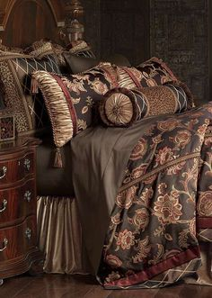 Experience Old World opulence with our Cassandra Bedding Collection.