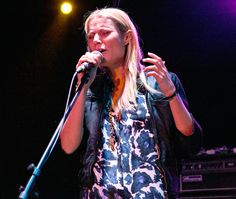 Gwyneth Paltrow sang backup for musician Holly Williams at Hollywood's famed Roxy nightclub