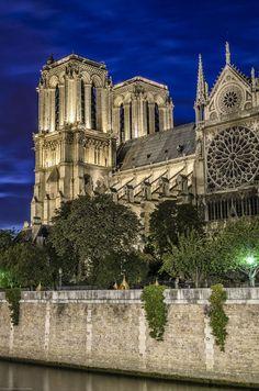 "500px / Photo ""Praise of Paris"" by Stefano Tiberia"