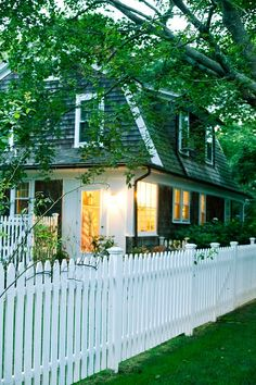 "Thinking about a cute picket fence for our front yard.  Maybe a little cliche, but very ""small town,"" which I love.  Plain or shaped?  I am thinking I like the plain straight ones (easier to touch up paint!)"