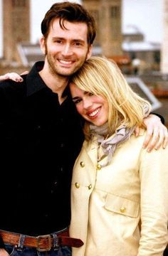 David Tennant and Billie Piper i dont care if hes married i ship them in real life!