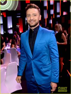 Congrats to Justin Timberlake getting the innovator award at the 2015 iHeart Radio Awards!!! Btw he gave like the greatest speech in the history of awards he actually got me crying!!! I'm in such a huge fan!!!  #fangirling #bestsoloartistever
