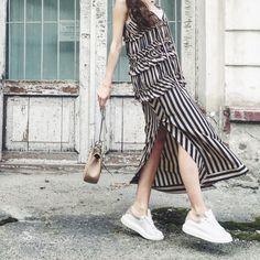 Achers maxi summer dress with stripes #achers#maxi#summer#dress#stripes#monochrome#ruffles#casual#maxidress#summerdress#stripesdress#monichromedress#ruffleddress#casualdress