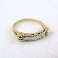 1930s Art Deco yellow & white gold and diamond ring