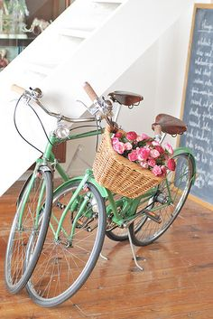 vintage bicycle with flowers
