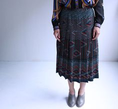 graphic geometric pleated skirt o'awesome s  m by cheapopulance, $45.00