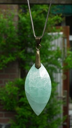 Aquamarine pendant with sterling silver bail