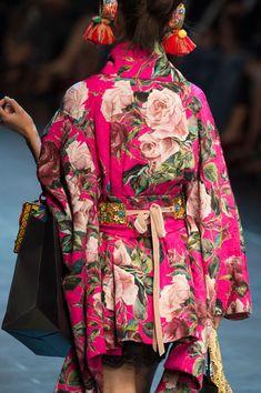 Dolce & Gabbana Spring/Summer 2016 Details!