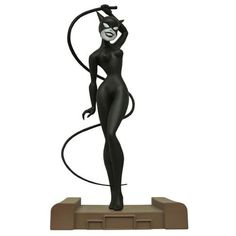 *PRE-ORDER* CATWOMAN: Batman The Animated Series Gallery Statue By Diamond Select