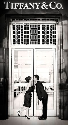 Breakfast at Tiffany inspired engagement photo