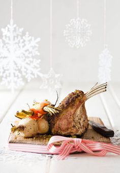 Lamsribstuk met pistasienet-kors en baba-groente | SARIE | Lamb Recipes, New Recipes, Christmas In South Africa, Vegetables For Babies, Lamb Ribs, Lamb Dishes, Christmas 2014, Christmas Recipes, South African Recipes