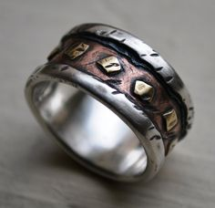 Unique Men's Wedding Bands for Unique Look | Kelliserio.