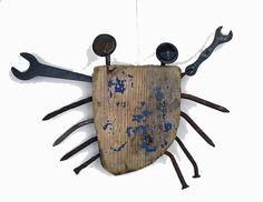 Verrückter materialmix Wedding: last minute tips and tricks to be perfect! Driftwood Projects, Driftwood Art, Metal Crafts, Wooden Crafts, Found Object Art, Scrap Metal Art, Junk Art, Assemblage Art, Beach Crafts