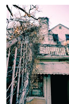 Get Spooked: The Five Most Haunted Places in Virginia Peyton Randolph House – Williamsburg