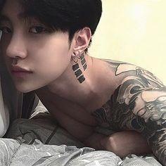 Image may contain: one or more people and close-up - rpg Korean Boys Hot, Korean Boys Ulzzang, Ulzzang Boy, Korean Men, Korean Girl, Cute Asian Guys, Asian Boys, Cute Guys, Asian Tattoos