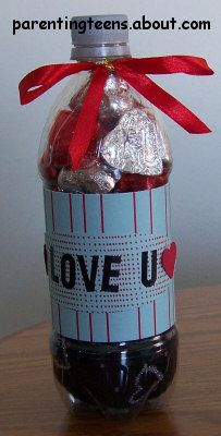 Soda Bottle Gift Ideas Craft: Valentine's Day Soda Bottle Gift