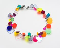 Full Confetti Necklace This colourful jewelry is made by Paul Derrez. Materials: plastic and metal. Modern Jewelry, Jewelry Art, Jewelry Accessories, Jewelry Design, Recycled Jewelry, Plastic Jewelry, Handmade Jewelry, Plastic Bottle Flowers, Plexiglass