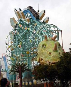 ride the 10 largest rollar coasters in the world!