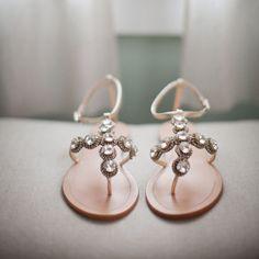 Sandalias planas para novia - Destination Wedding Sandals