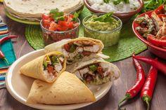Prepariamo insieme uno squisito ripieno per condire dei burritos, tipici del Nord America.