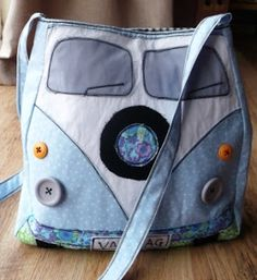 I must make one of these! Handmade Harbour: The Campervan Bag