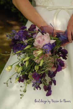 wedding flowers on a budget | Purple Wedding Flowers {Weekly Wedding Flower Inspiration}