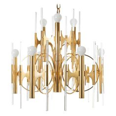 Italian Sciolari Chandelier, 1970 | See more antique and modern Chandeliers and Pendants at https://www.1stdibs.com/furniture/lighting/chandeliers-pendant-lights