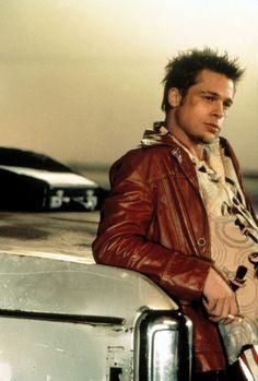 Brad Pitt as Tyler Durden in Fight Club Fight Club Brad Pitt, Fight Club 1999, Fight Club Rules, Tyler Durden, Jennifer Aniston, Angelina Jolie, Doctor Who, Marla Singer, Tv