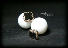 Weiße Perlen DoppelPerlen Ohrstecker mit von byschmuckesLaedchen