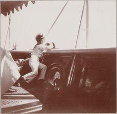 Tsarevich Alexei Nikolaevich a bordo do Imperial Yacht Standart em 1911.