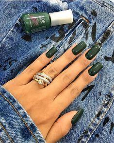 Esmalte Top Beauty Liberte-se da Rotina Super Cute Nails, Pretty Nails, Glam Nails, Beauty Nails, Cute Nail Colors, Nail Ring, Nail Nail, Different Color Nails, Homecoming Nails