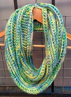 1000+ images about Crochet: Scarves: Cowls, Infinities and ...