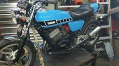 RD 400 hybrid Bike Builder, Cool Cars, Motorcycle, Vehicles, Motorcycles, Car, Motorbikes, Choppers, Vehicle
