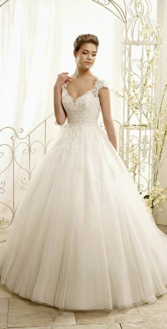 White and Gold Wedding. Sweetheart Corset Ballgown Dress. ADK by Eddy K 2015 Bridal Collection | bellethemagazine.com