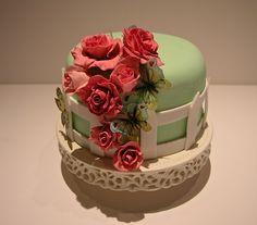 #Ideas #DIY para organizar el #cumpleaños de tu hijo - #Tarta de jardín