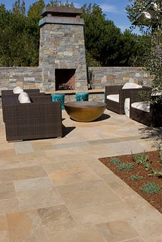 Russet Sandstone Select Paving