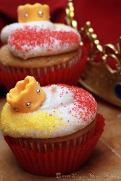 Sugar Bean Bakers: { Weasley is Our King Cakes}