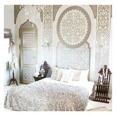 ✨Magnificent Moroccan bedroom inspo  via @mmontagueliving >> sweet dreams to one & all