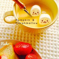 泳げしろたん♡かぼちゃスープにマシュマロでとろ〜りふわふわ