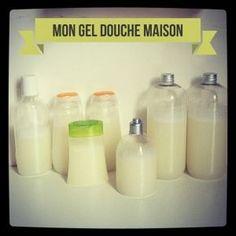 -100g de savon de Marseille de bonne qualité (Biocoop) -3L d'eau -Une 10aine de gouttes de senteur caramel optionnel : une base moussante (aromazone)