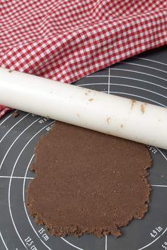 Keto Osterkekse - schokoladige Lowcarb Kekse Food Porn, Keto, Low Carb, Recipes, Savory Foods, Sweet Desserts, Bakken, Yummy Food, Food And Drinks