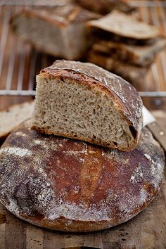 Pain de Campagne Pan Bread, Bread Rolls, Holiday Desserts, Cooking Recipes, Trotter, Pastries, Globe, Cakes, Pizza