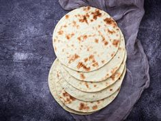 Oatmeal tortillas: they look like flour but they are healthier Clean Recipes, Veggie Recipes, Mexican Food Recipes, Vegetarian Recipes, Healthy Recipes, Healthy Drinks, Healthy Cooking, Healthy Snacks, Cooking Recipes