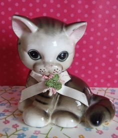 Ceramic Kitsch Kitten Salt Shaker with Bow by EdenKitsch on Etsy