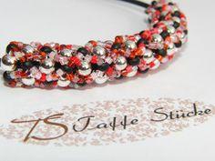 frisches Perlen Ensemble mit Kautschuk-Halskette  von TS Taffe Stücke auf DaWanda.com