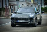 The Porsche Macan Turbo's Family Outing. (SpyShots)